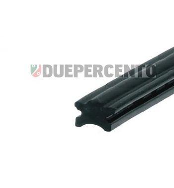 Profilo in gomma per listelli pedana Vespa 50 L/ N /R / 50 Special/ ET3/ Primavera/150 Super