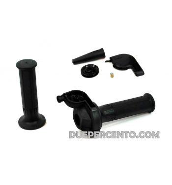Comando gas super rapido DOMINO 90° con manopole, corpo in alluminio nero, piastrina nera per Vespa 50/ 50 Special/ ET3/ PK50-125/ PX125-200/ P200E/ Rally/ GTR/ TS/ Sprint