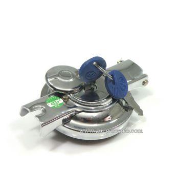 Tappo serbatoio cromato ribaltabile con serratura Vespa Rally/ PX125-200/ P200E/ V1-33/ VM/ VN/ VNA/ VBA/ VBB/ Sprint/ GT/ TS/ GL